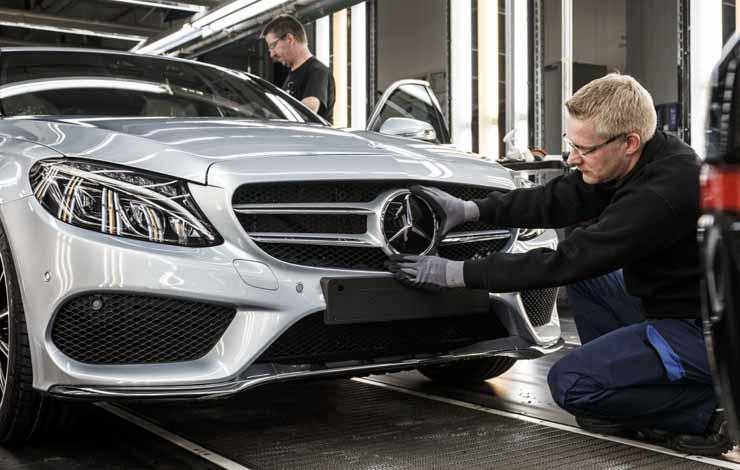 Сборка Mercedes-Benz C-Class на заводе в Бремене
