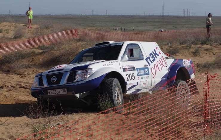 Дмитрий Иевлев за рулем Nissan