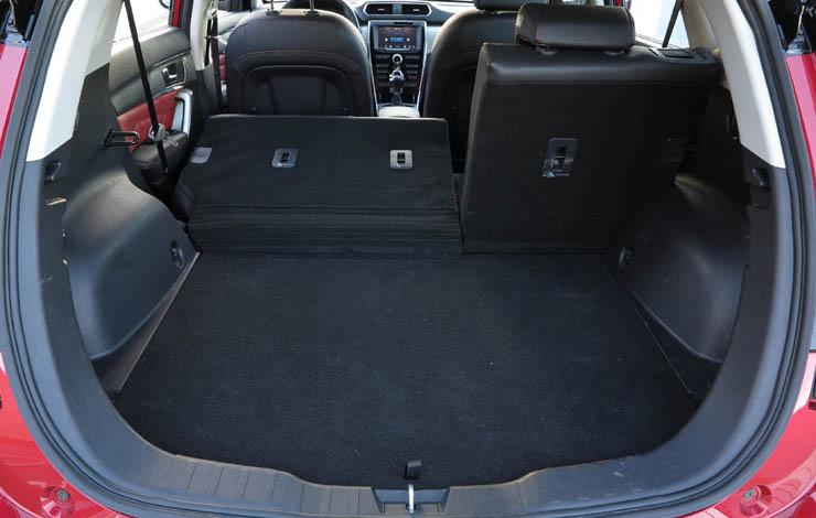 Багажное отделение можно увеличить, сложив заднее сиденье