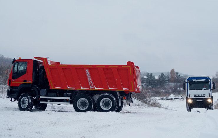 Тест-драйв грузовиков IVECO-AMT в песчаном карьере